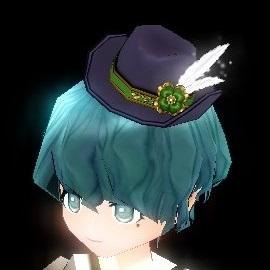 光るクローバー帽子